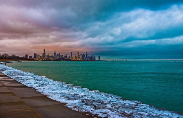 The coldest temperature in Chicago in 34 years (-23°) was recorded on the morning of January 30, 2019 during a bitter cold couple of days.